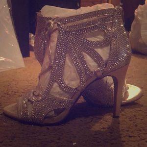Inc silver heels